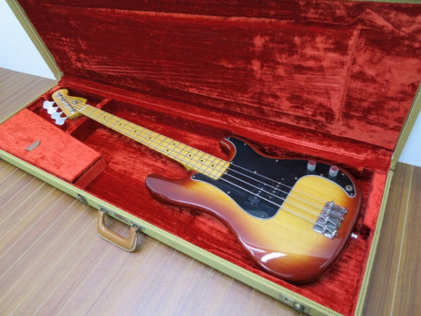 Fender-Precision-Bass-MADE-IN-USA